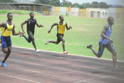 John Osei-Kofi zoomed to the top of the 100m list (with no Ghanaian foreign-based athlete having run faster that his 10.53s) after winning the 100m final of the Open Championship at the EL Wak stadium